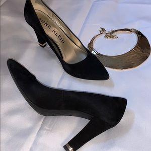 Anne Klein Black Suede Leather Heels